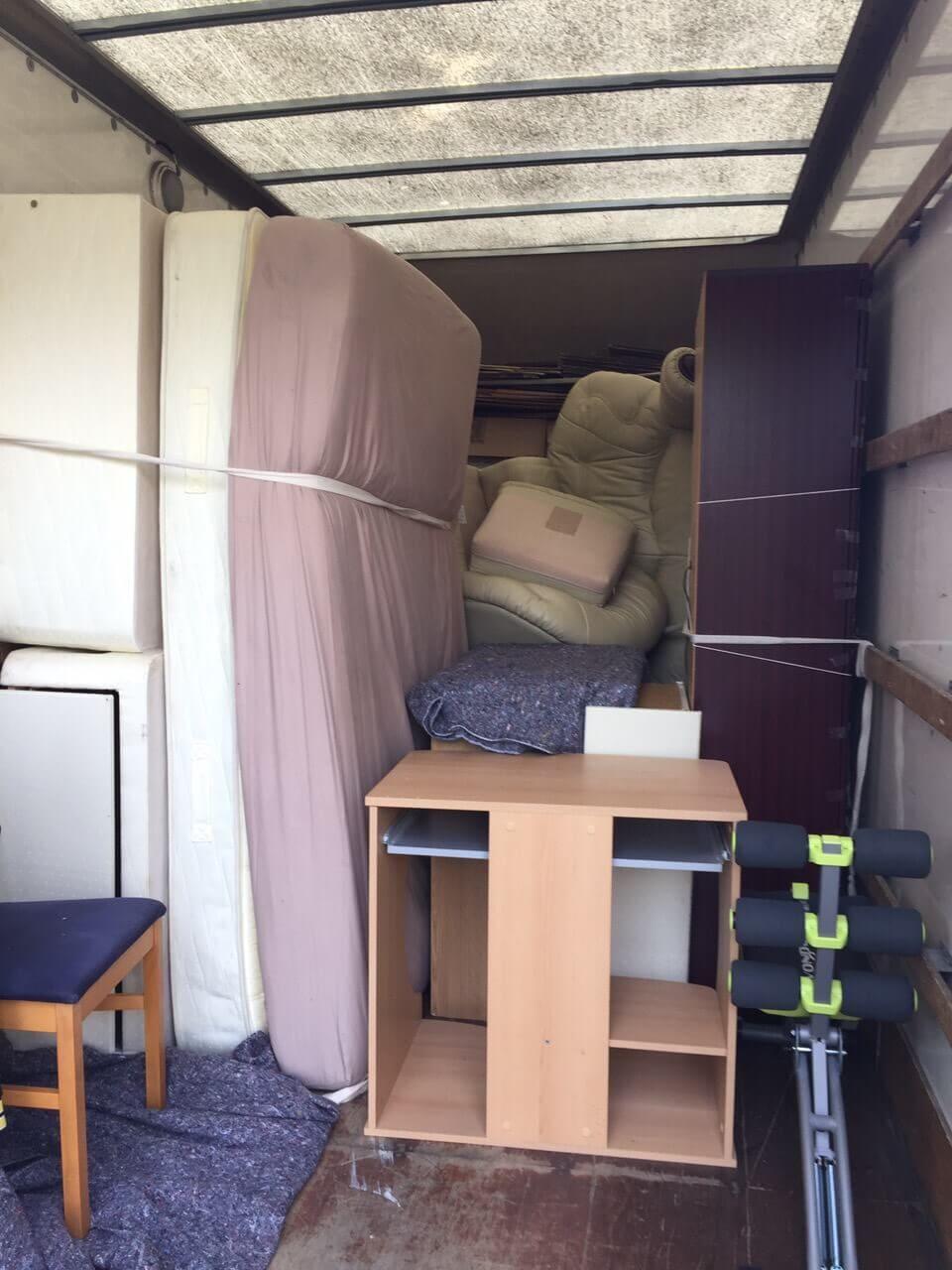SE8 moving truck