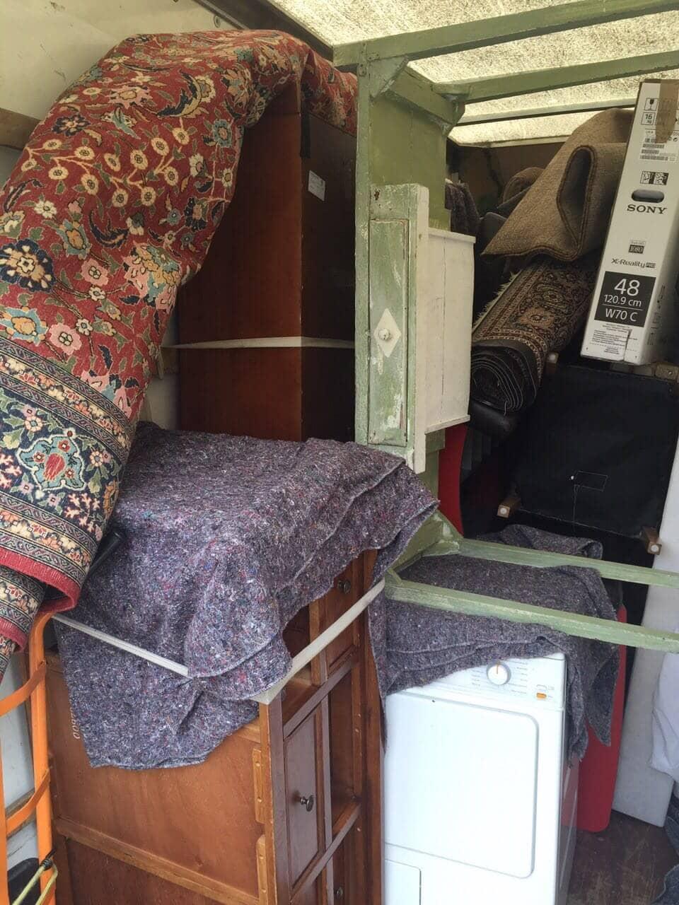 Streatham Hill van with man SW2