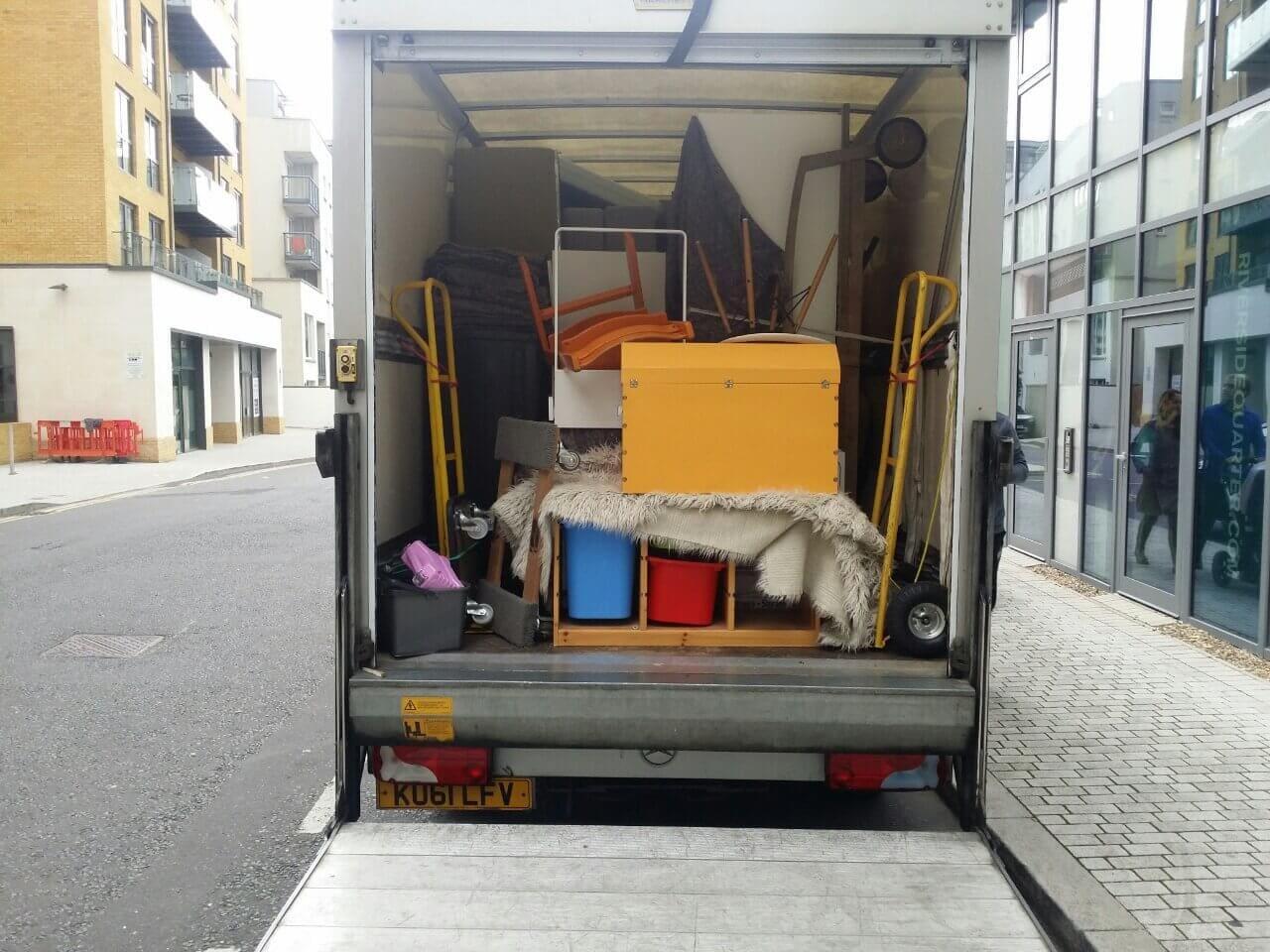 van removals Surrey Quays