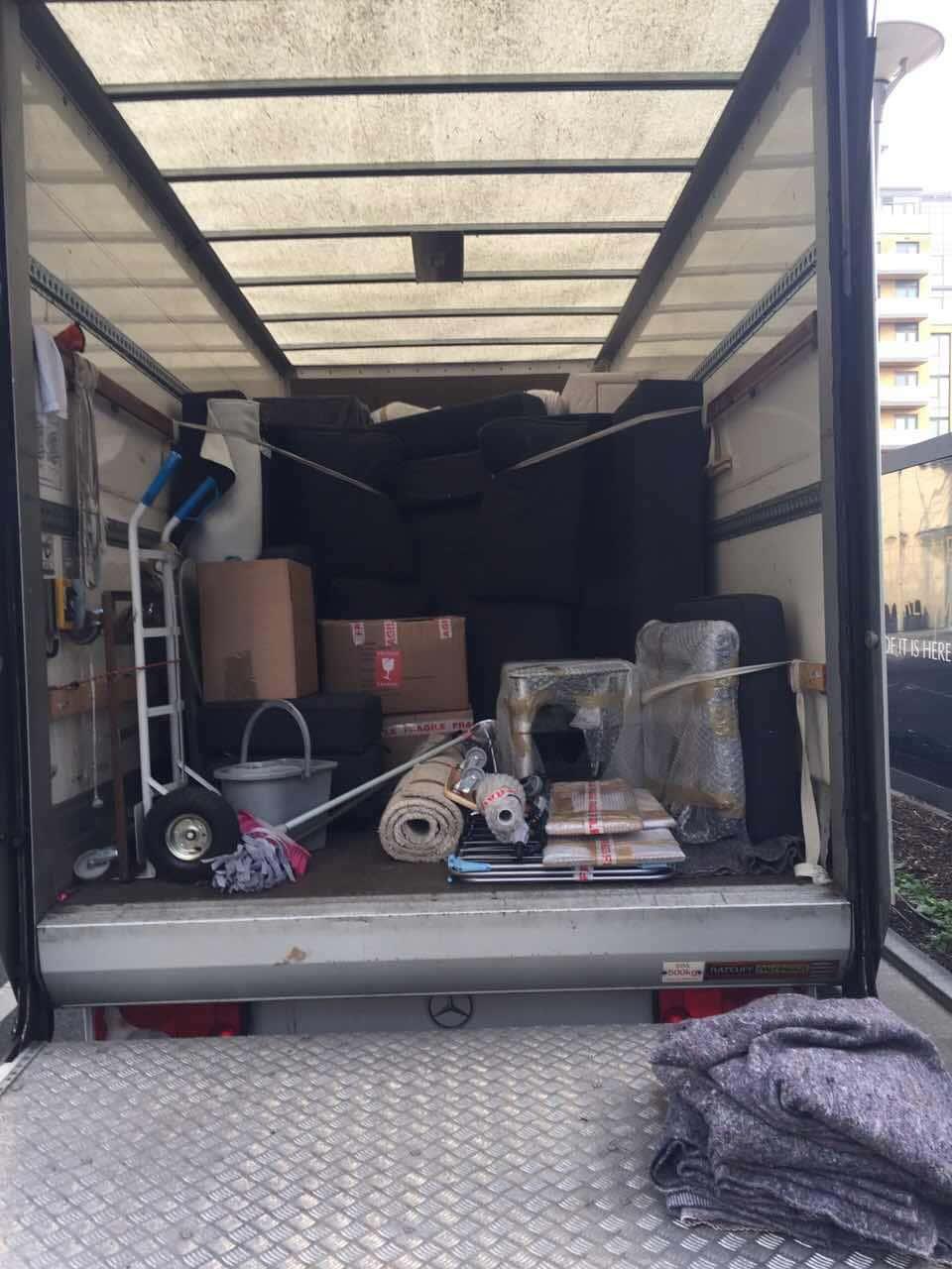 van removals Upper Holloway